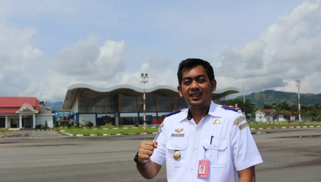 1 2 e1610447909248 1024x580 - Bandara I Lagaligo Bua; Layani Luwu dan Sekitarnya